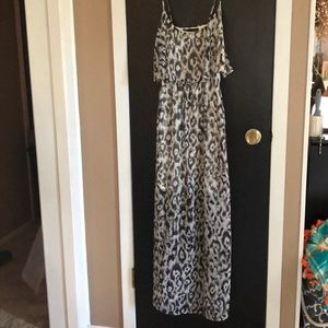 Maurice's dress size small